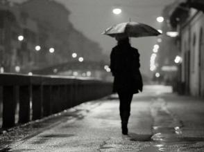 pioggia-i-navigli-a-milano-bianco-e-nero.jpg